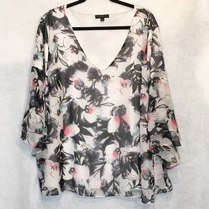Lane Bryant Floral Tiered 3/4 Sleeve V Neck Blouse